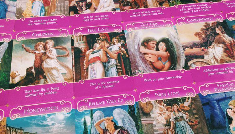 Giới Thiệu Bộ Bài: Romance Angels Oracle Cards – Thông Điệp Tình Yêu Từ Các Thiên Thần