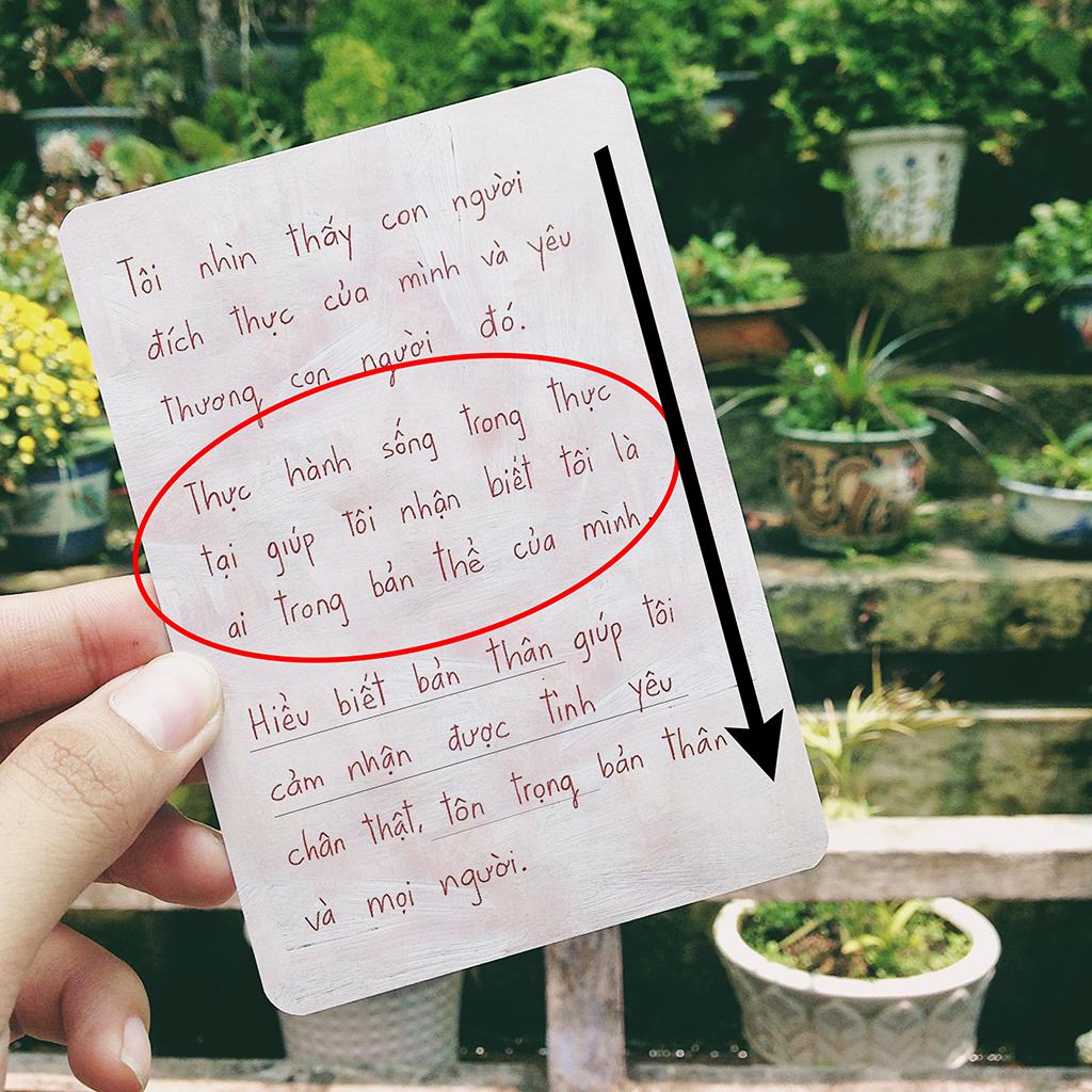 Một lá bài nếu có trên 1 câu hay 1 đoạn văn thì chúng ta phải áp dụng những cách đọc khác nhau.