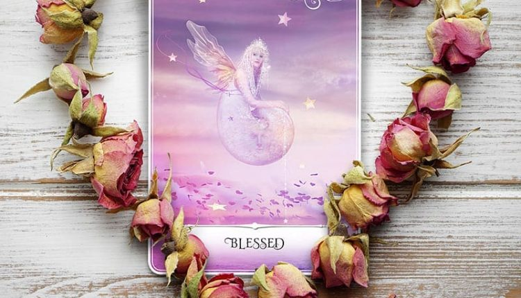 Wisdom Of The Oracle Divination Cards – Lá Số 22: Blessed