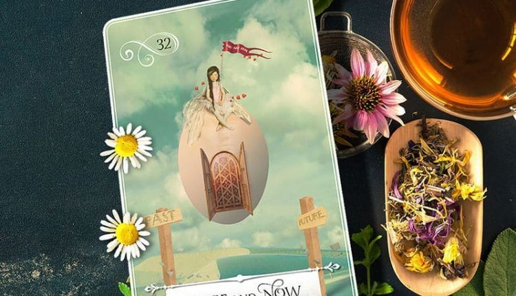 Wisdom Of The Oracle Divination Cards – Lá Số 32: Here And Now