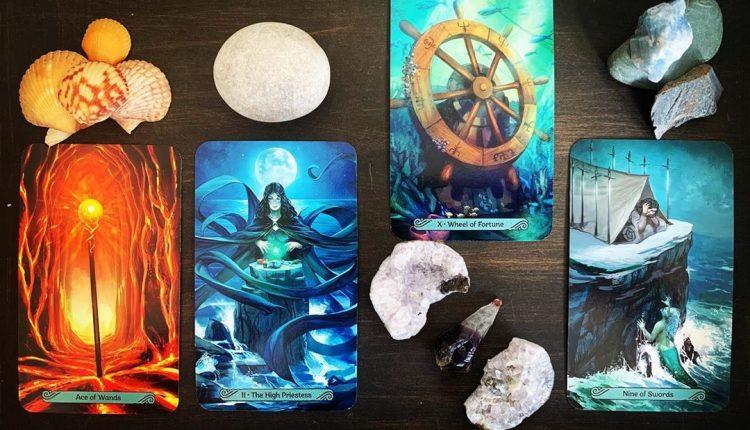 Mermaid Tarot – Khi Người Cá Luôn Ở Quanh Bạn
